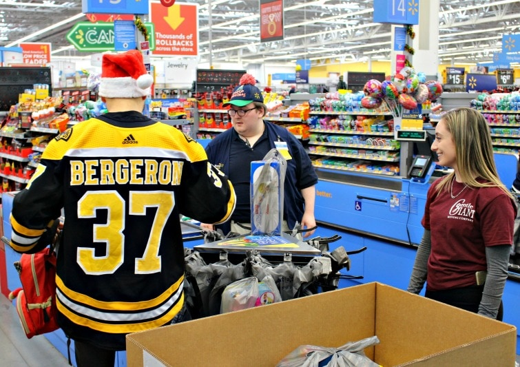 Gentle Giant Sponsors 2018 Boston Bruins Holiday Toy Drive
