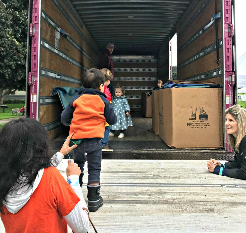 Moving with Children: How to Make an Interstate Move as Stress-Free as Possible